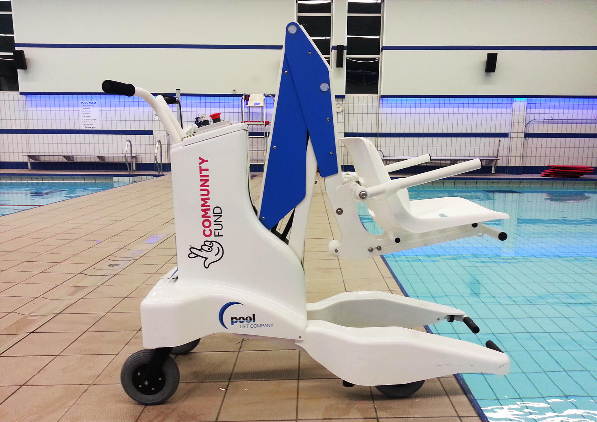 Portable Blu-Pod Pool Lift at East Riding Haltemprice Leisure